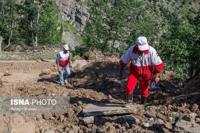 امدادرسانی هلال احمر به 500 روستایی در سیلاب دهدز