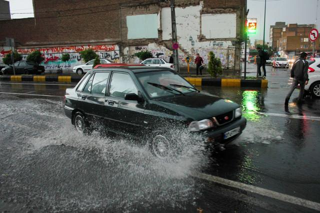 بارش شدید باران در پنج استان، آسمان تهران صاف است