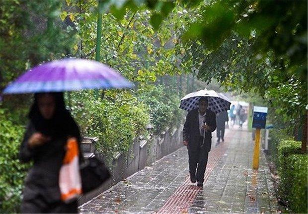 ورود سامانه بارشی جدید به کشور، آسمان پایتخت ابری می گردد