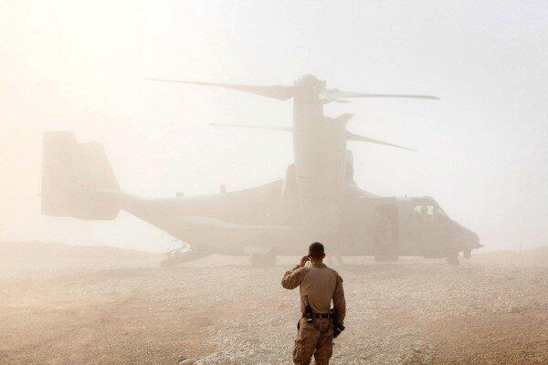 یک نیروی نظامی آمریکا در عملیاتی رزمی در خاک افغانستان کشته شد