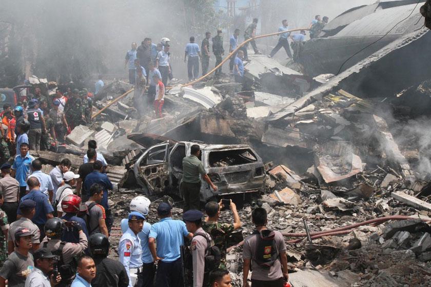 سقوط یک فروند هواپیمای اندونزی با 5 سرنشین