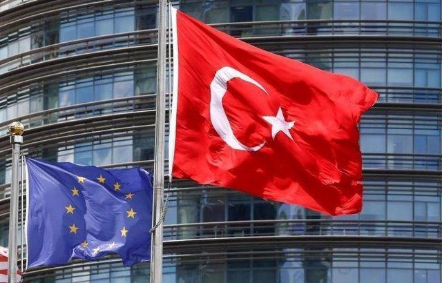 ترکیه تصمیمات اتحادیه اروپا را در رابطه با عملیاتش در شمال سوریه رد کرد