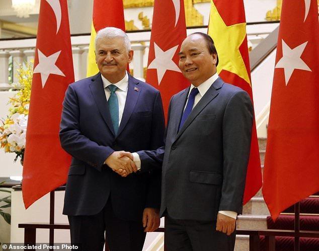 تاکید ترکیه و ویتنام بر بالابردن حجم تبادلات تجاری و دفاعی