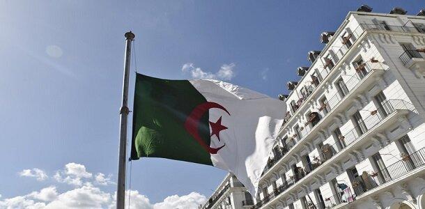 محاکمه سران نظام سابق الجزایر بدون حضور وکلای مدافع