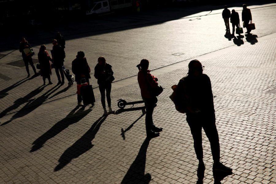 دانشگاه هاروارد: رعایت فاصله اجتماعی باید تا سال 2022 ادامه یابد