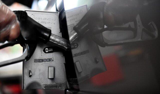 ممنوعیت فروش خودروهای دیزلی و بنزینی در انگلیس تا 10 سال دیگر
