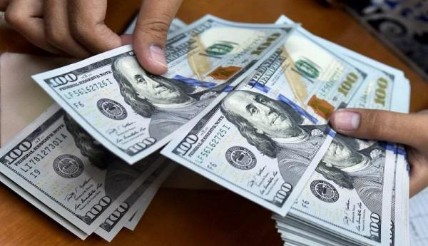 قیمت دلار امروز 19 آذر 99 چقدر شد؟