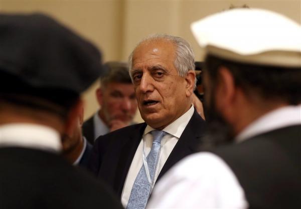 دولت جدید آمریکا، خلیلزاد را به عنوان نماینده ویژه در افغانستان حفظ می نماید