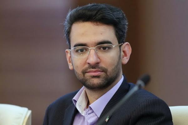 آذری جهرمی: پدرخوانده ها راه را برای جوان ها باز نمایند