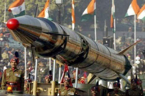 ارتش پاکستان موشک بالستیک زمین به زمین آزمایش کرد